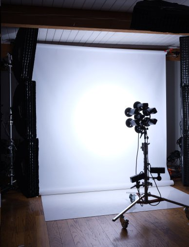 This Cluster Light is Made of 7 Godox AD200 Flashes | Schenectady