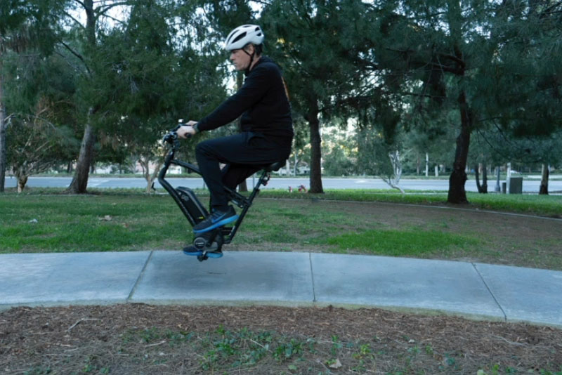Flying bike in Photoshop
